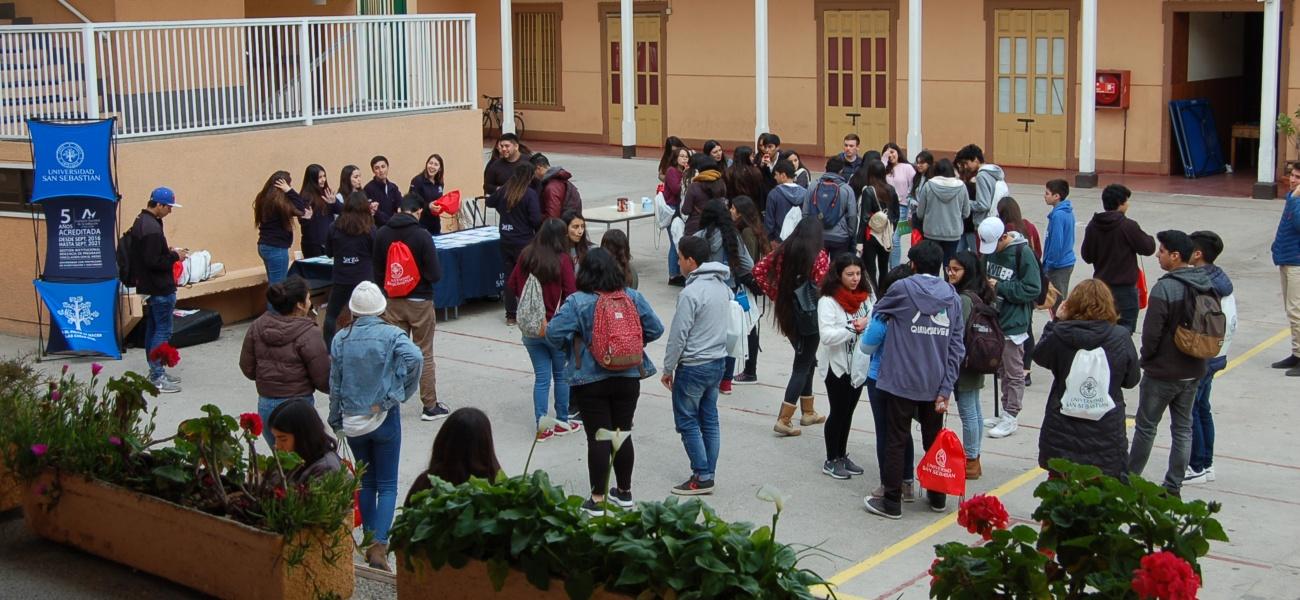 Colegio participa como sede de ensayo PSU 2018