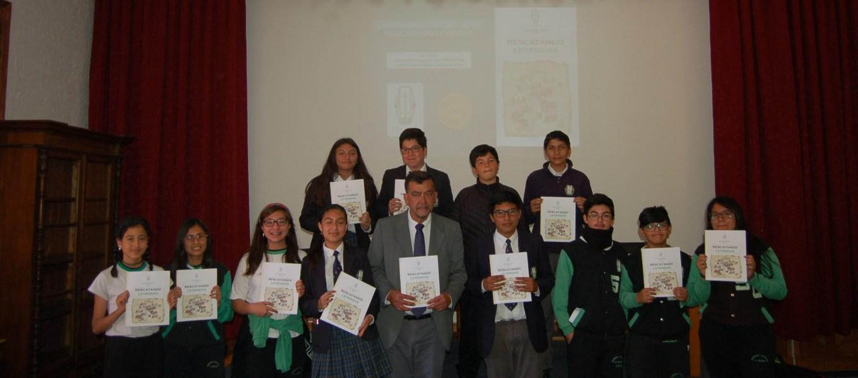 Estudiantes lanzan libro «Rescatando Leyendas»
