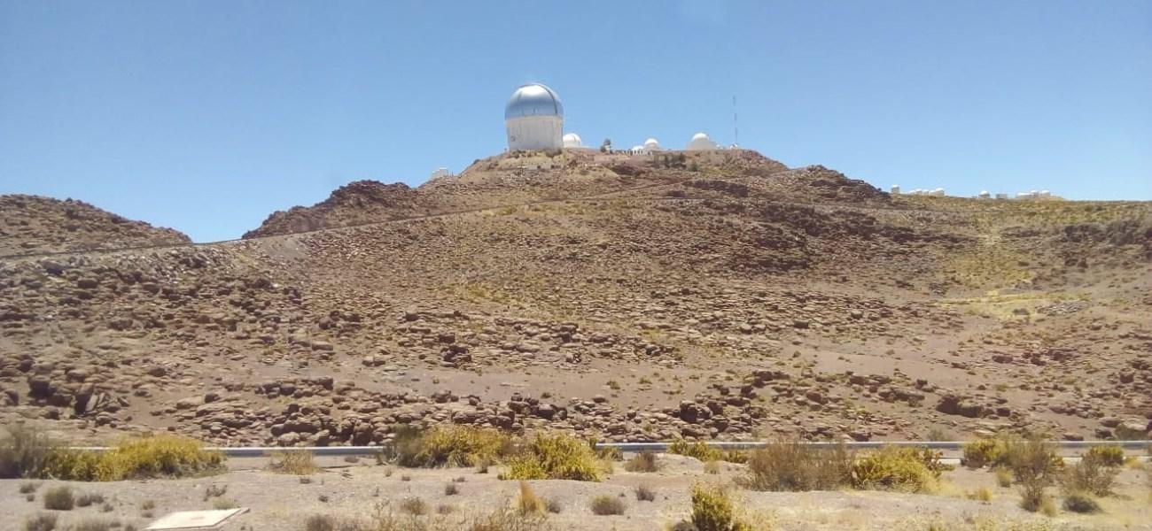 Academia de inglés visita Observatorio Tololo