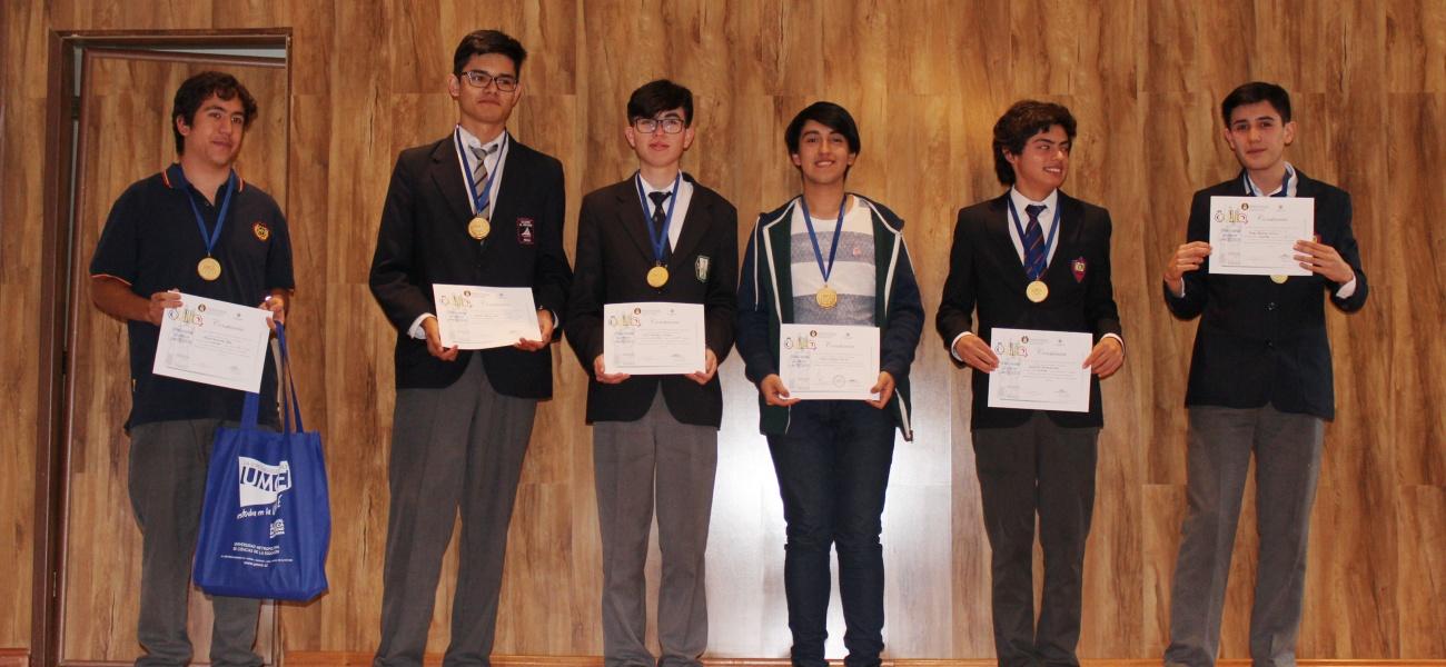 Estudiante gana medalla de oro en olimpiadas nacionales de química
