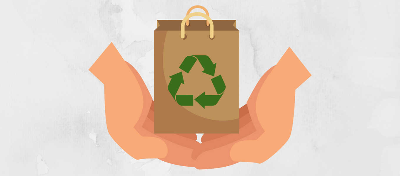 Profesional de la Municipalidad de La Serena imparte taller de reciclaje en el Colegio